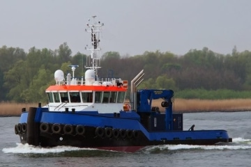 Tugs & Workboats